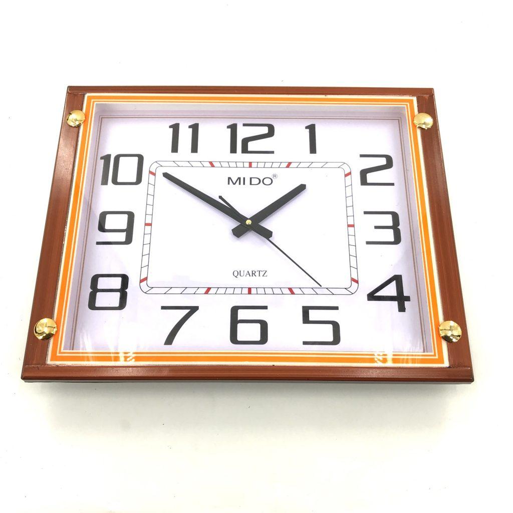 Đồng hồ treo tường hình vuông F63