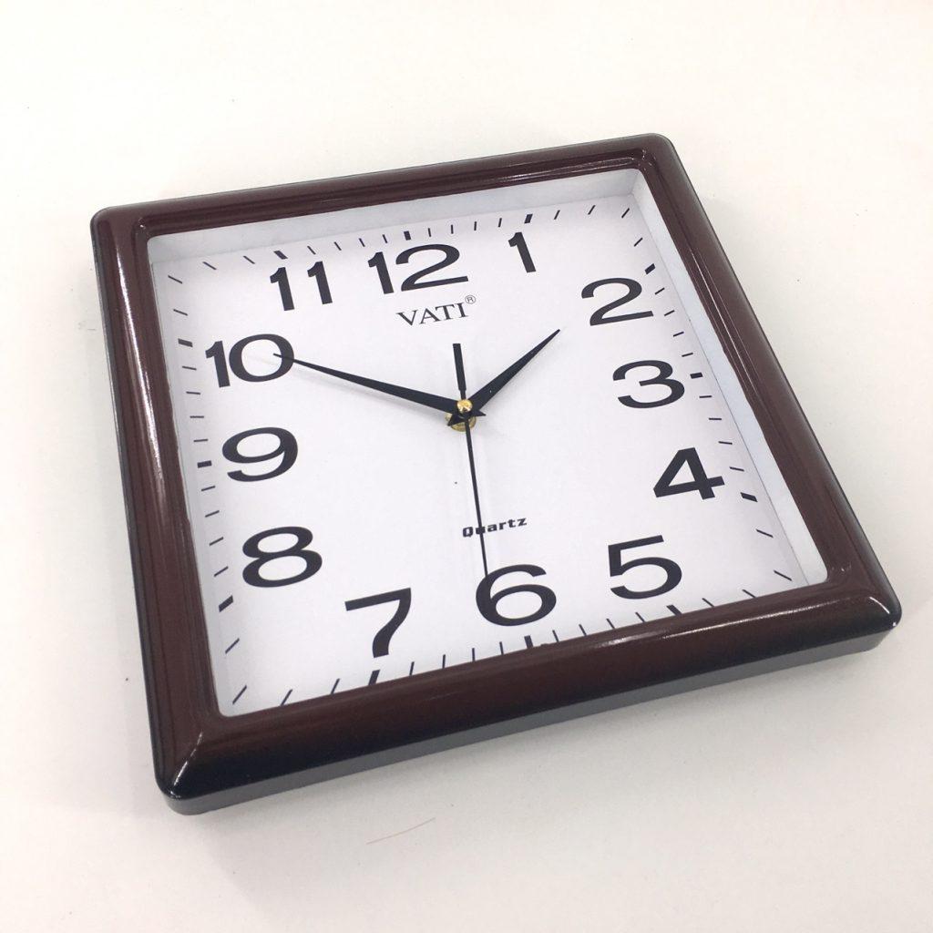 Đồng hồ treo tường hình vuông F71