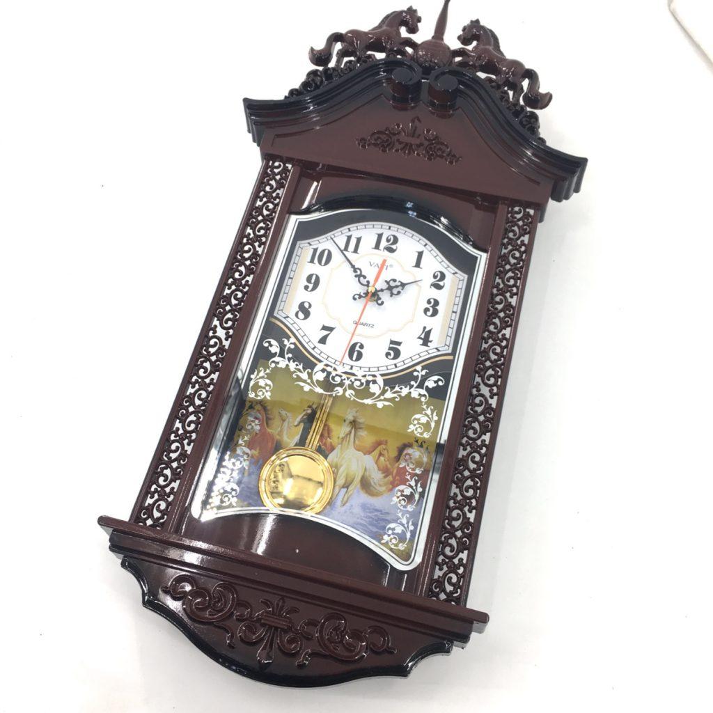 đồng hồ treo tường nhựa quả lắc