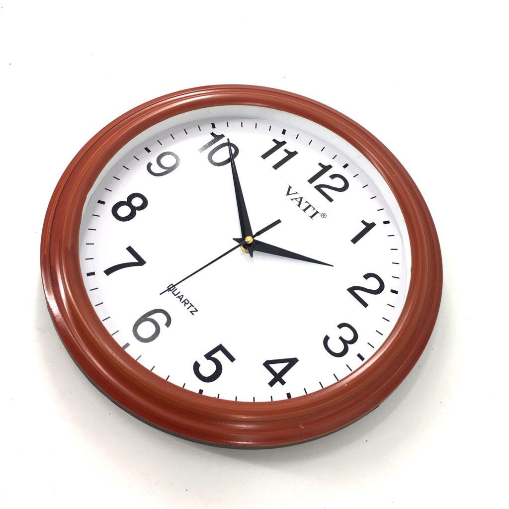 Đồng hồ treo tường hình tròn F46