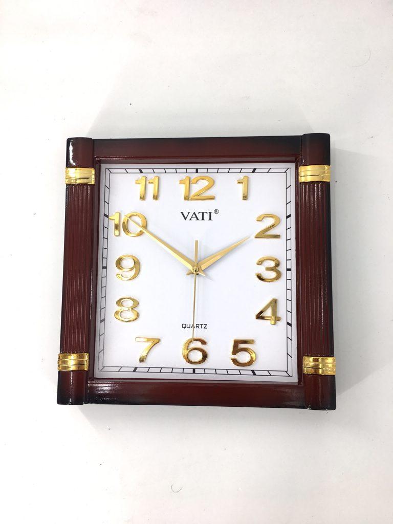 Đồng hồ treo tường hình vuông F04