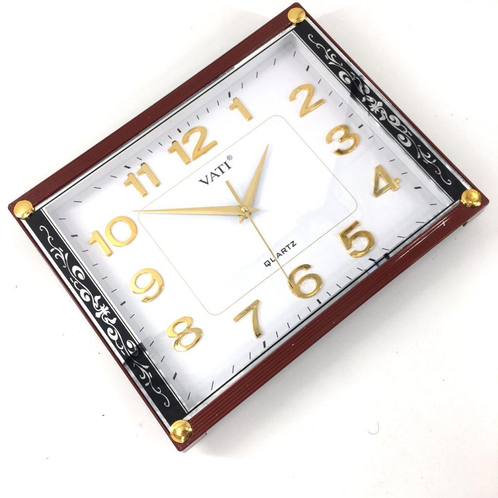 Đồng hồ treo tường hình vuông F60