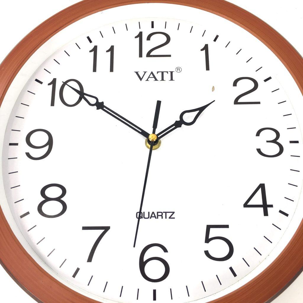 Đồng hồ treo tường hình tròn F65