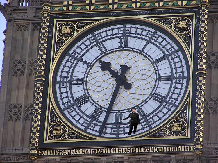 đồng hồ treo tường cổ big ben