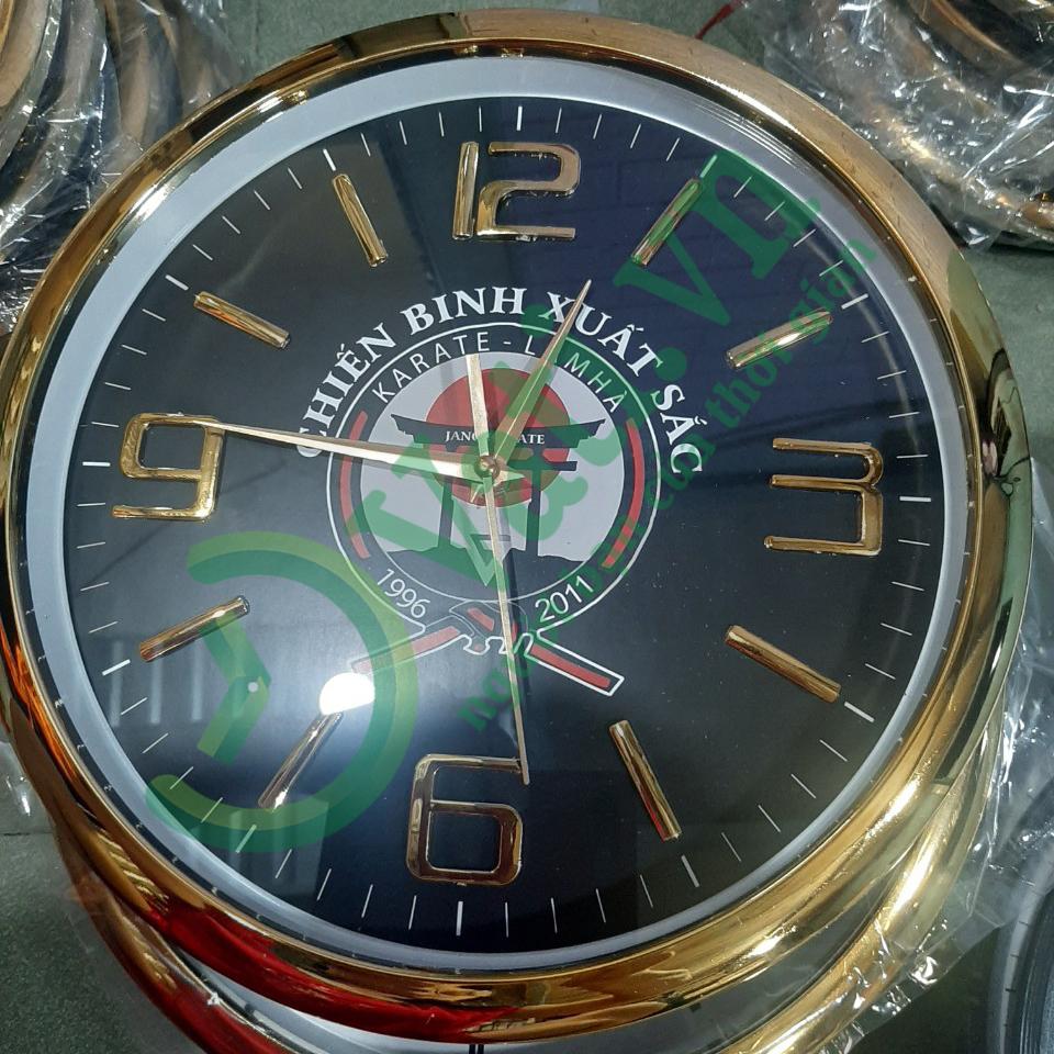 Quy trình sản xuất đồng hồ treo tường in logo tại Vati