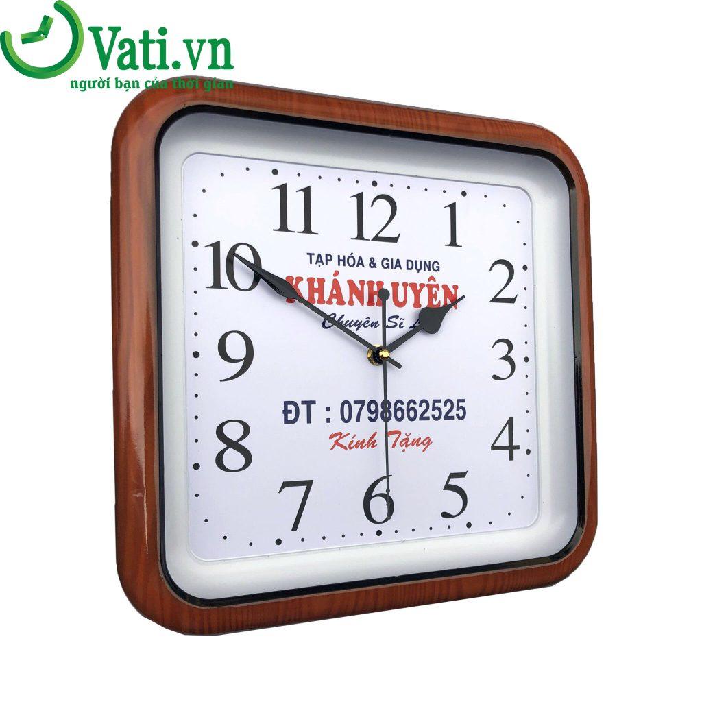 Đồng hồ treo tường in logo mẫu vuông giả gỗ G03