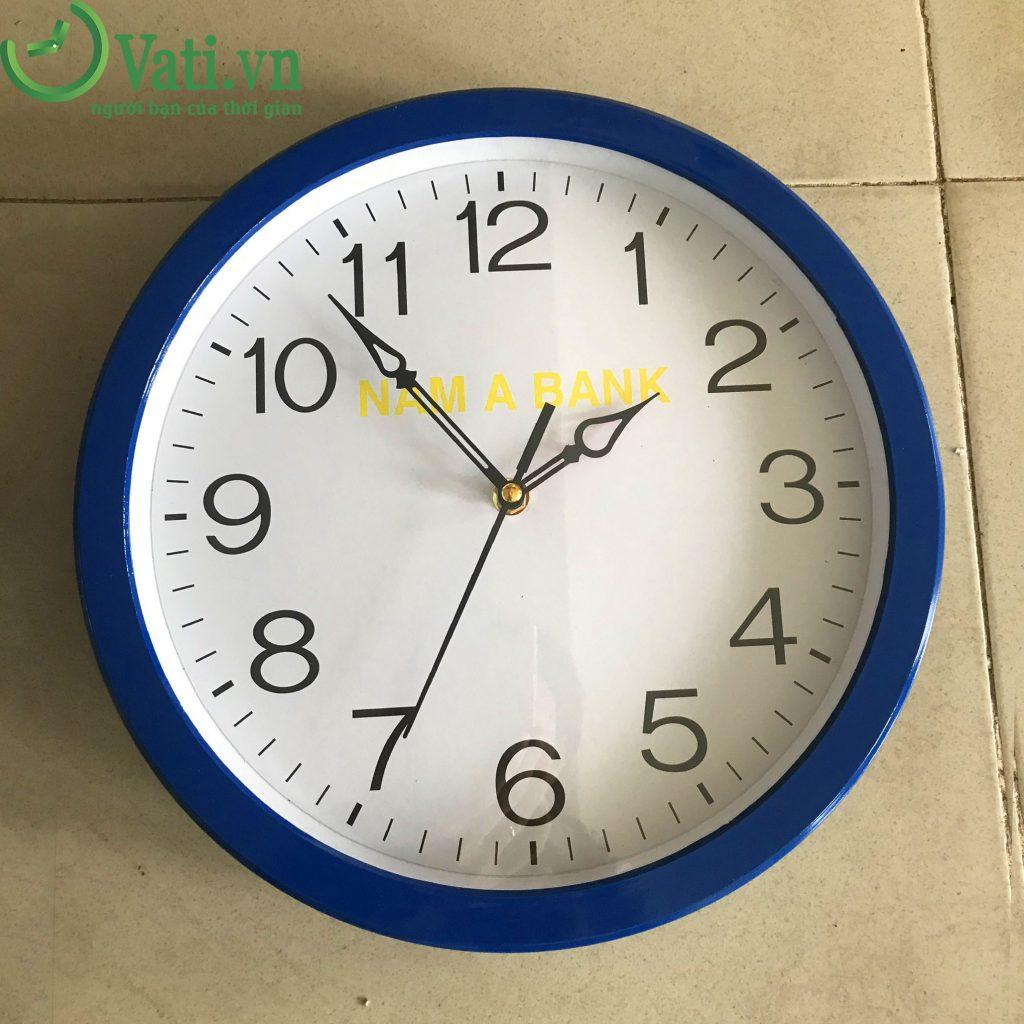 Đồng hồ treo tường in logo làm quà tặng Vati 30x30cm