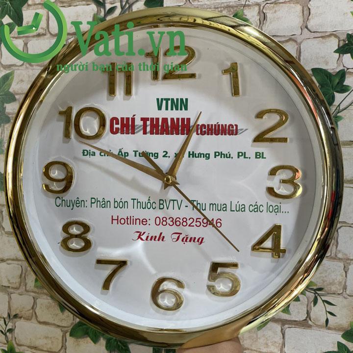 Đồng hồ treo tường in logo xi vàng 12 số 30x30cm