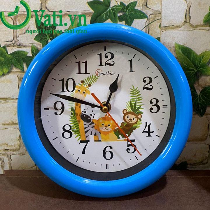Đồng hồ treo tường in logo 20x20cm - Vati