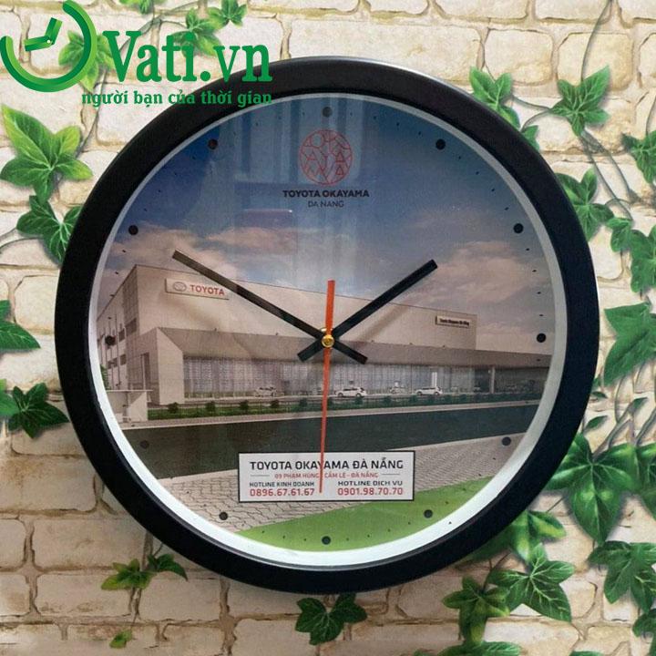Đồng hồ treo tường in logo 30x30cm - Vati